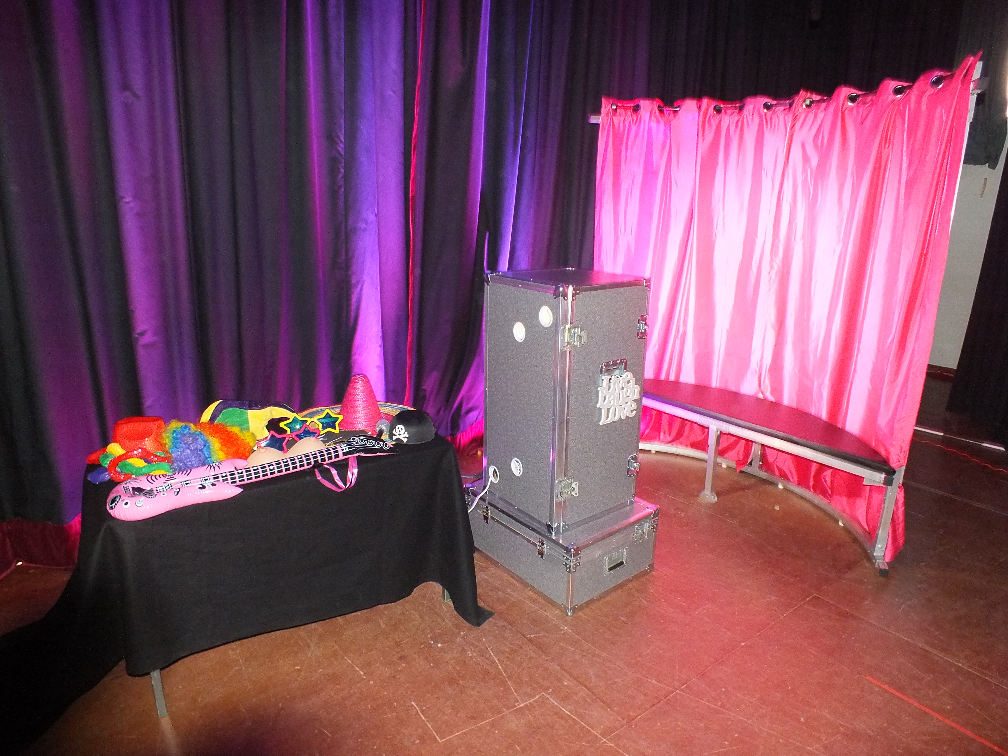 photobooth with printer for hire