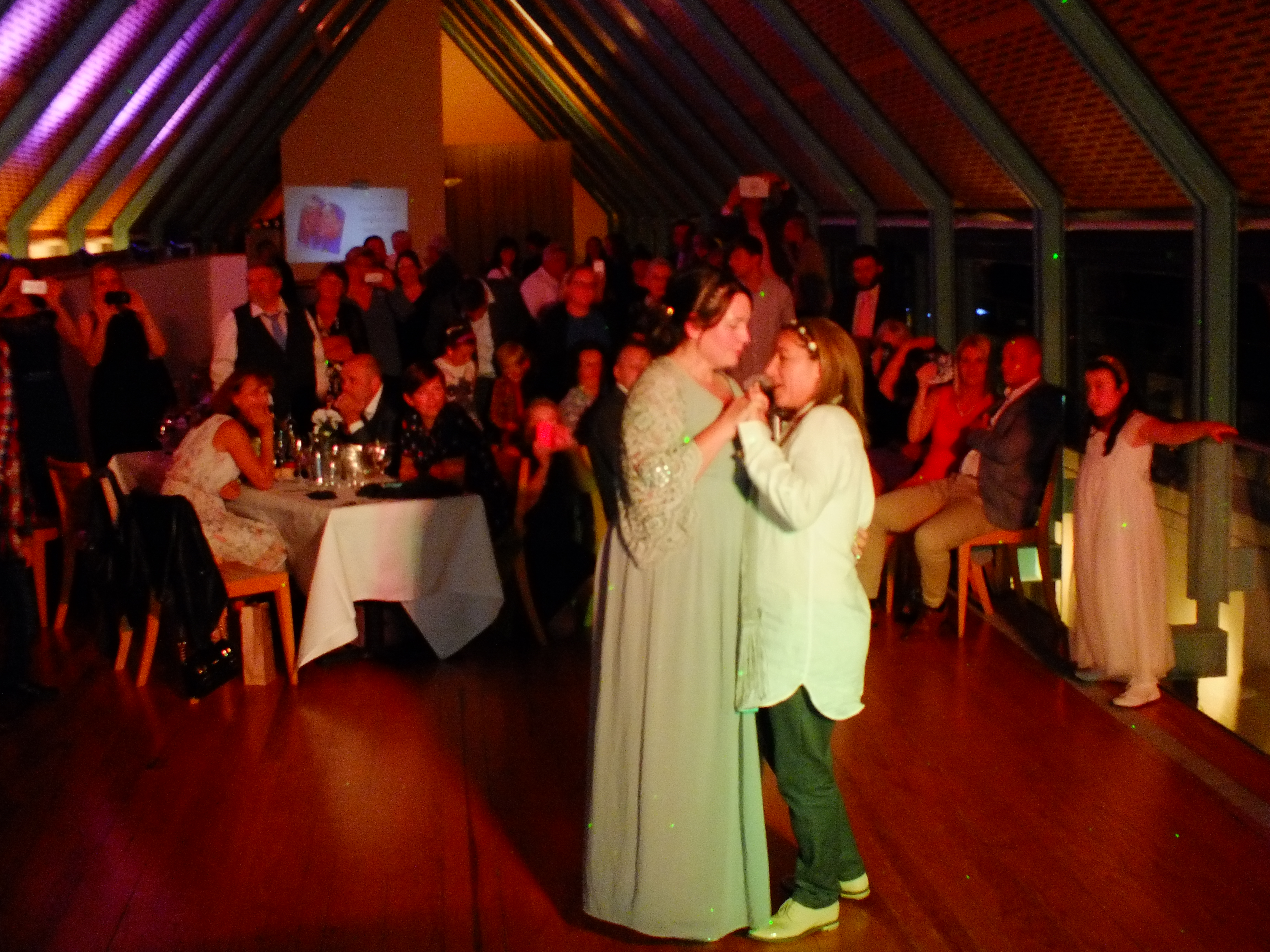 first dance of Sue and Jen from DJ: Gavin Vaclavik